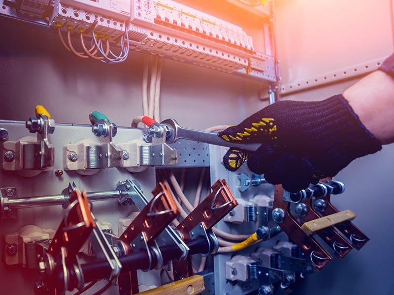 Guida al rifacimento dell'impianto elettrico: come ridare nuova vita al tuo impianto e che costi comporta